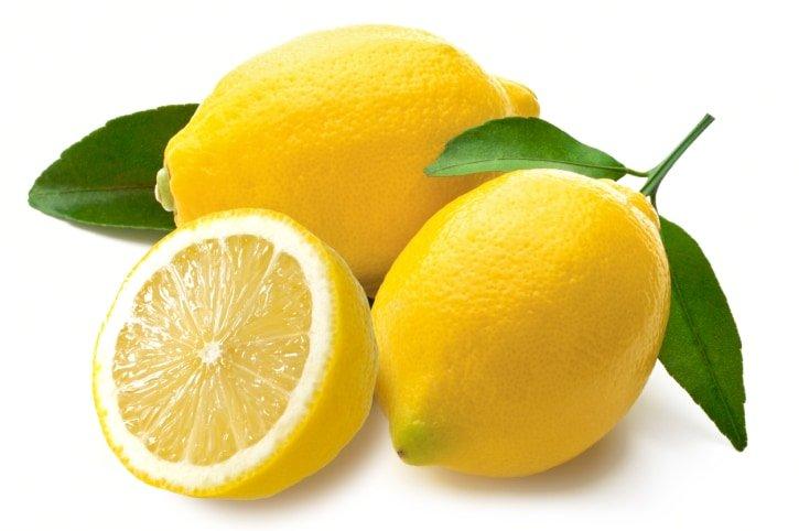 Zitrone als natürliches Reinigungsmittel