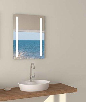 Wandspiegel 50x 70 cm Modernes Design Glas Aluminium Lichtspiegel LED Licht